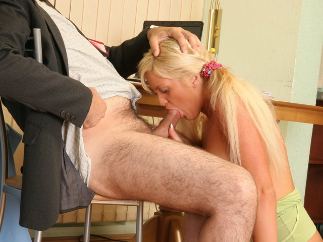 Nasty coed earns good grades with her pussy paws