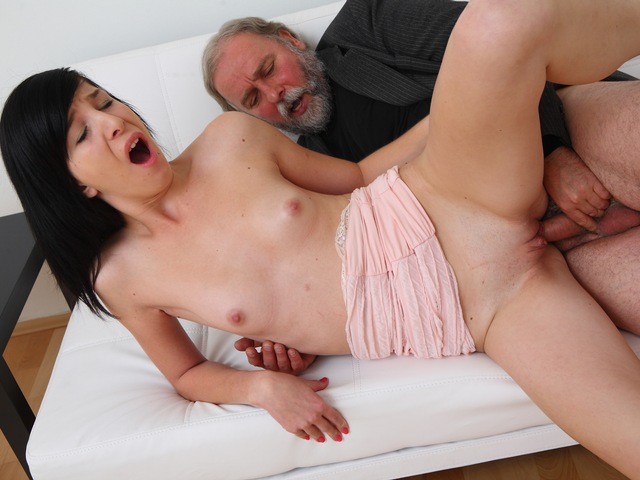 Alisa gets to learn how top suck cock properly from her old guy